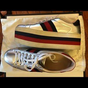 buy online 57d87 1af1d Gucci Shoes - Gucci Men s Platform Sneakers